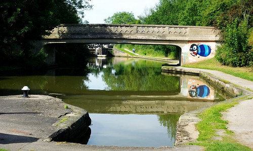20120908-17_Ugly Bridge - Hatton Locks by gary.hadden