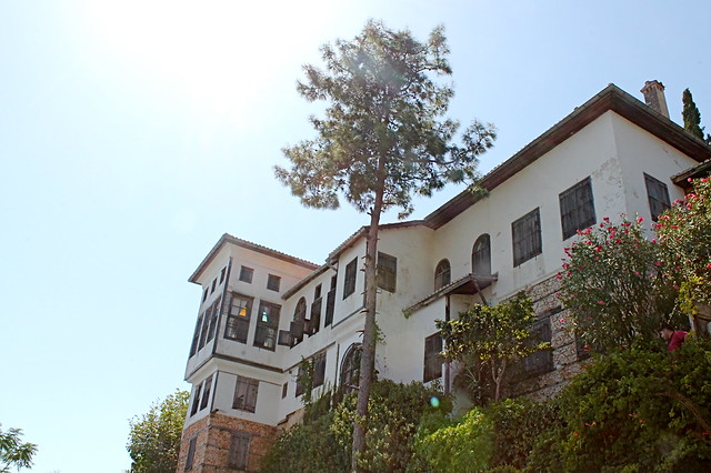 McGhee villa