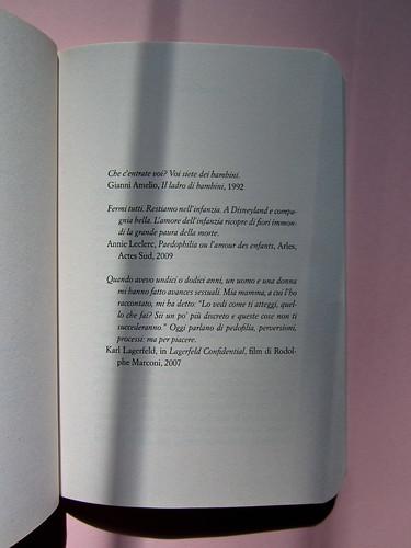 Luca Scarlini, La sindrome di Michael Jackson. Bambini, prodigi, traum. Bompiani 2012. Copertina: Paola Bertuzzi; progetto grafico: Poljstudio. pag. 9 (part.), 1