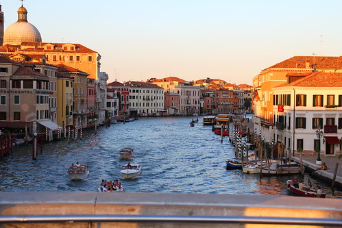 Afternoon sun in grand canal