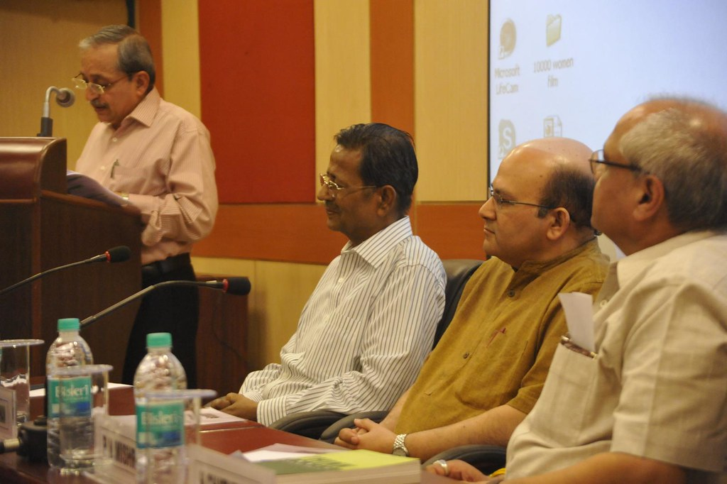 Prof. H Chaturvedi inviting and introducing Rishikesha T Krishnan, Prof A Sahay, Prof P N Mishra, Prof Rishikesha