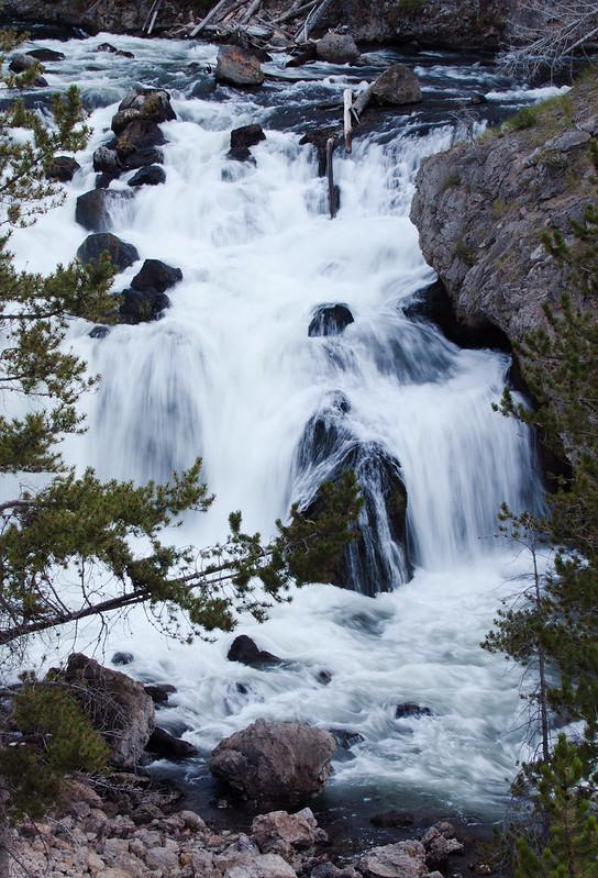 Firehole Falls, Firehole Canyon Drive