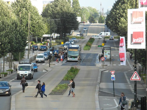 Nantes - Busway - Ligne 4 - Duchesse Anne - Château des Ducs de Bretagne