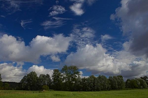 Belle nature, belle lumière, beaux nuages, beau temps