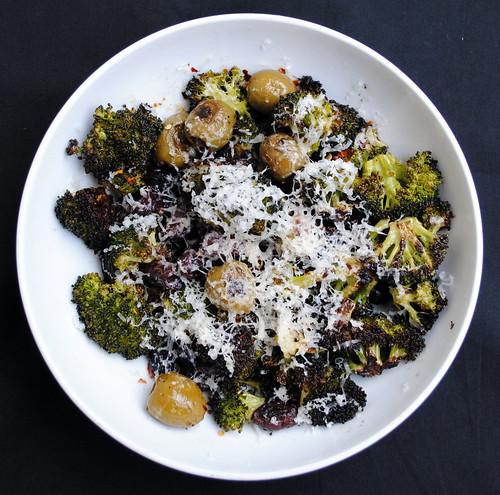 Roasted Broccoli & Olives
