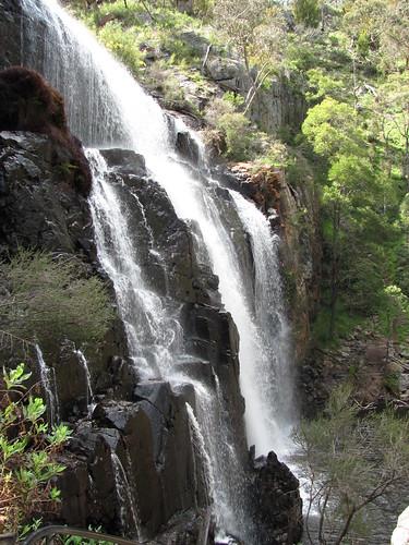 Mackenzie Falls, Grampians by holidaypointau