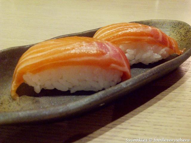 5.salmon RM 3.80 @ sushi zanmai