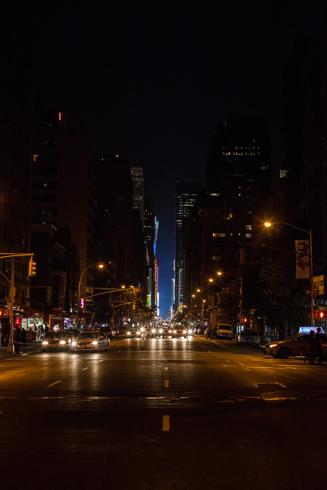 7th Avenue towards Times Square by wwward0