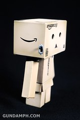 Revoltech Danboard Mini Amazon Box Version Review & Unboxing (16)