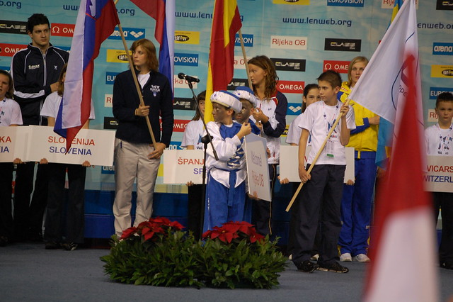 What's with the soot-faced kids at Rijeka '08 ?