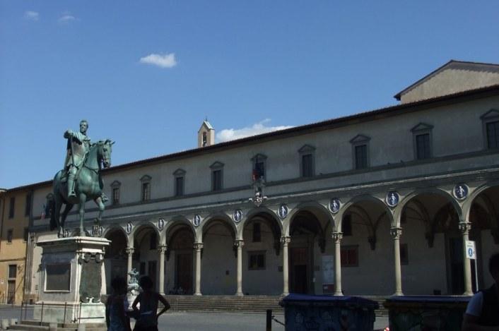 Piazza della Annunziata à Florence / Ospedale degli Innocenti de Brunelleschi