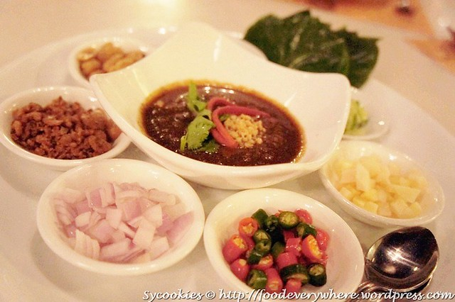 1.Mieng Kam (All Time Favourite) –Traditional Thai Leaves Roll with 7 Condiments RM 15.90@goodevening bangkok