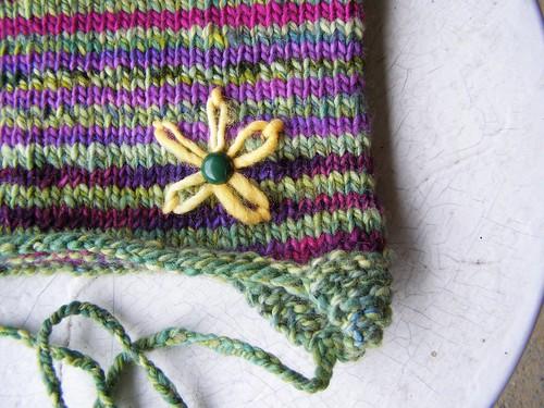 s's daisy hat