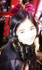 Kiểu tóc dài uốn xoăn Retro đi dự tiệc Hair salon Korigami 0915804875 (www.korigami (3)