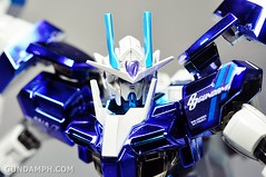 ANA 00 Raiser Gundam HG 1-144 G30th Limited Kit OOTB Unboxing Review (86)