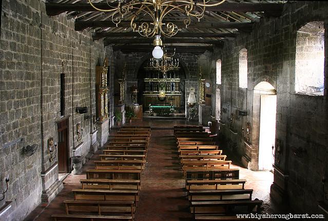 inside Baras Church interiors