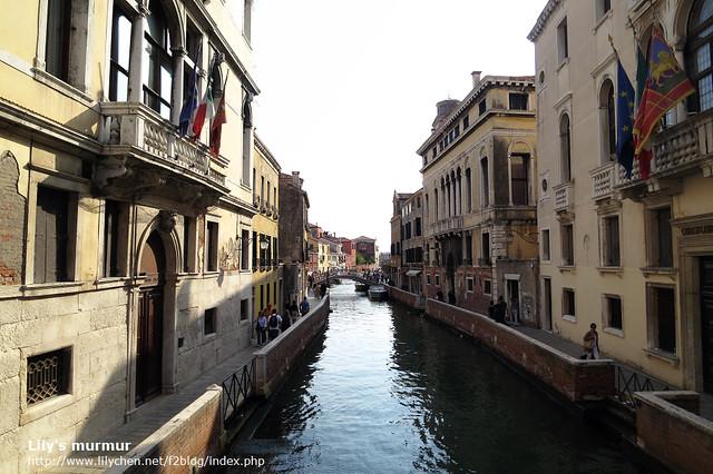 這個地區比較沒有遊客,可以靜靜欣賞威尼斯的美。