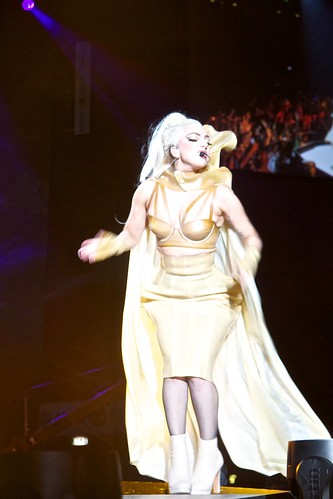 Lady GaGa Singing Born This Way