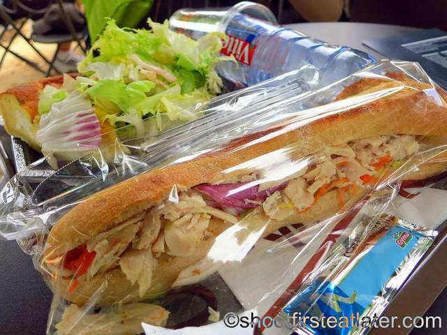 Angelina - chicken & raw vegetables sandwich €5.80-001
