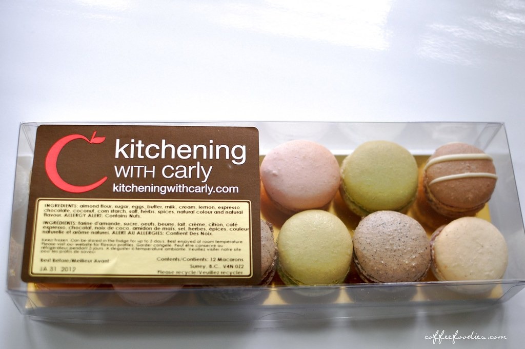 kitchening with carly macarons