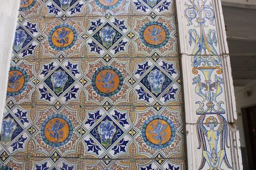 20120814_5568_Deruta-ceramic-entrance-detail
