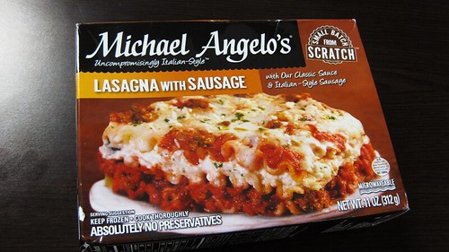 michael angelo lasagna with sausage box