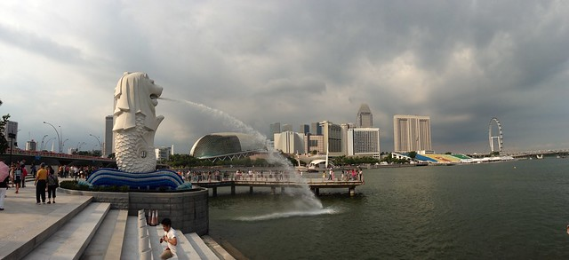 Merlion and surroundings