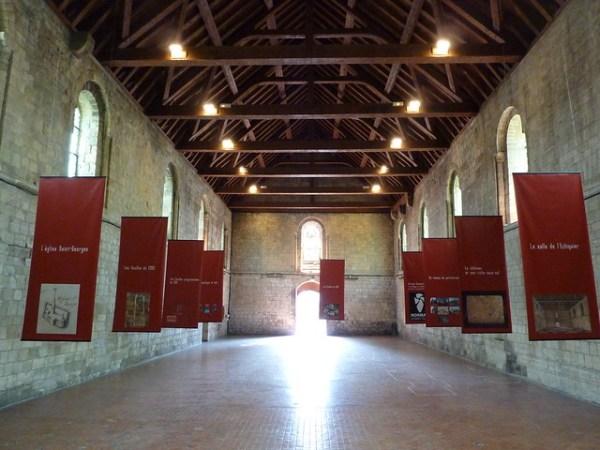 Salle de l'échiquier dans l'enceinte du château de Caen