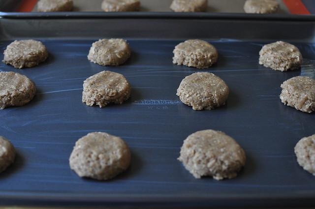 iced oatmeal cookies 05