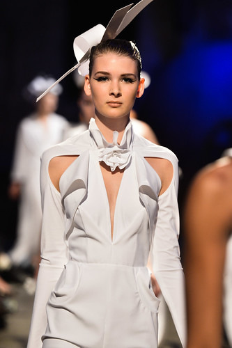 And even more going on, Greta Constantine SS2013 - Photo George Pimentel