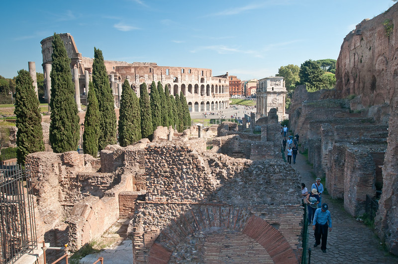 ColosseumWalksOfItaly-7
