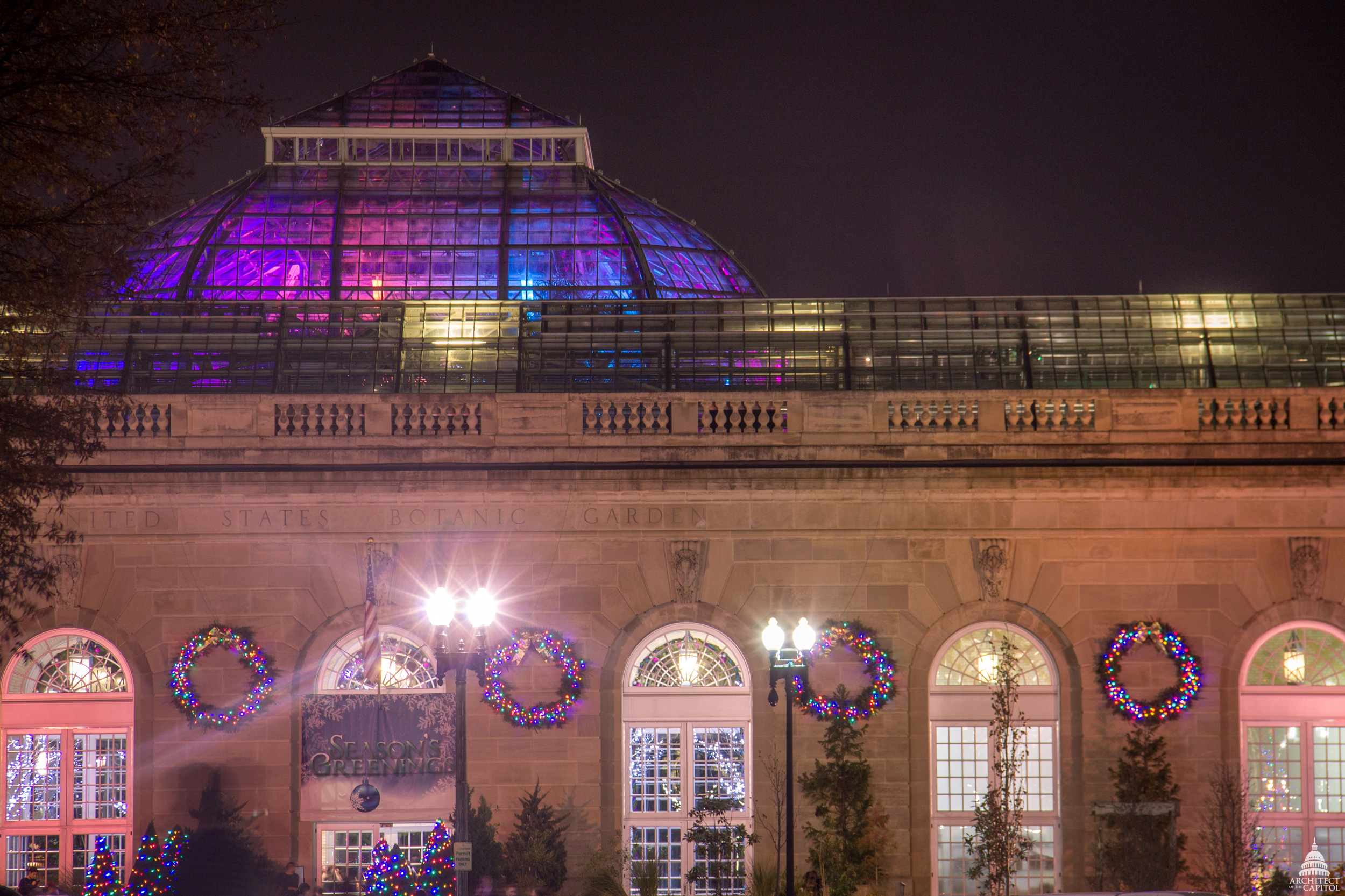 exterior of Botanic Garden decorated for the holidays