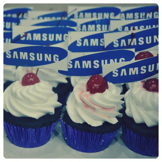 Samsung Cupcakes