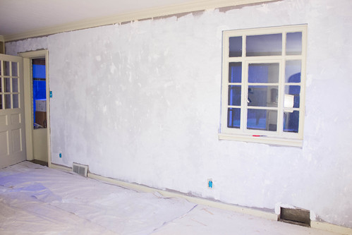 living room, plastered.