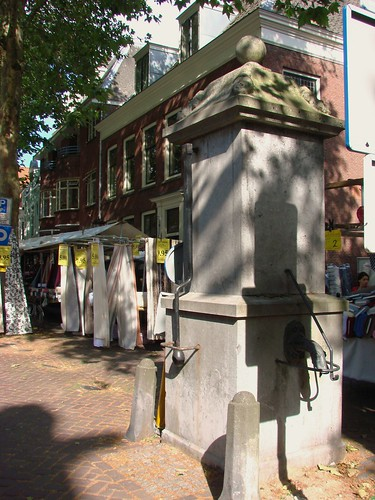 Breedstraat Waterpomp