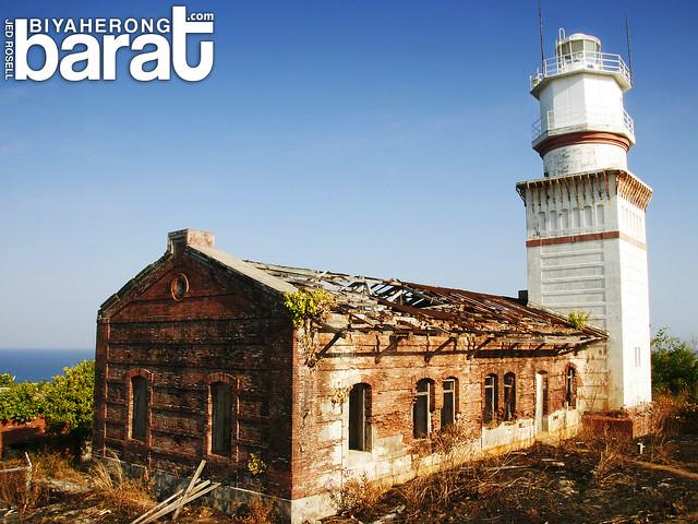 capones lighthouse san antonio zambales philippines