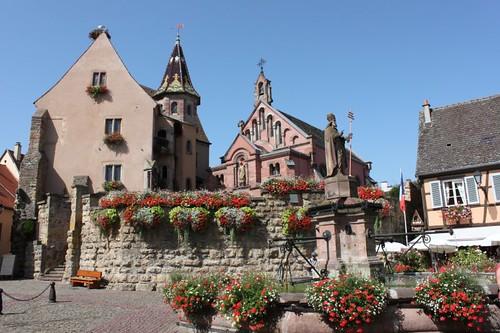 20120819_6090_Eguisheim-place-du-chateau