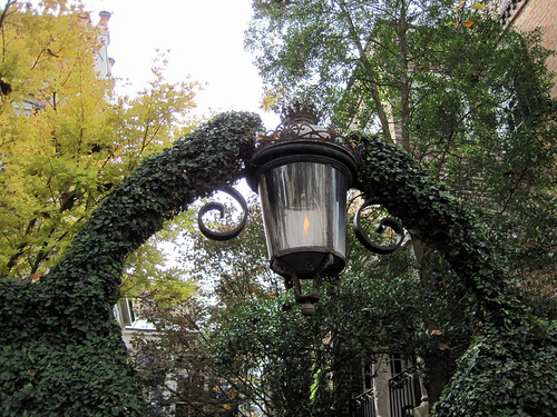 Gas lights in Savannah