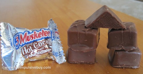 3 Musketeers Hot Cocoa with Marshmallow Minis Lincoln Logs