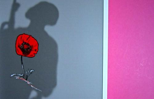 Eduardo Savarese, Non passare per il sangue. edizioni e/o 2012. Grafica di Emanuele Gragnisco; illustrazione di Luca Laurenti. Copertina (part.), 4