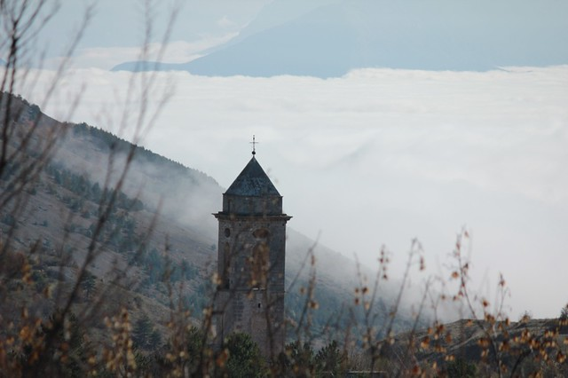 campanile in lontananza