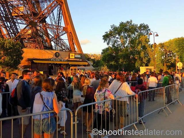 Eiffel Tower-004