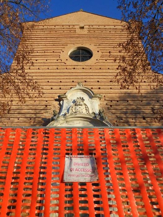 terremoto e Certosa monumentale a Ferrara