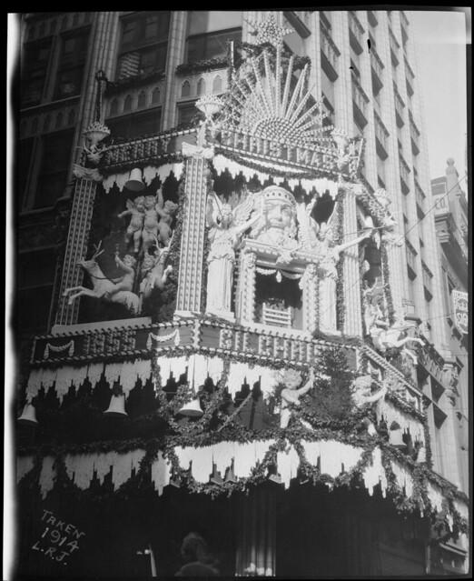 Christmas decorations on Gilchrist's, Washington Street