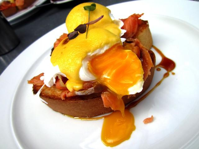 Egg Benedict 2
