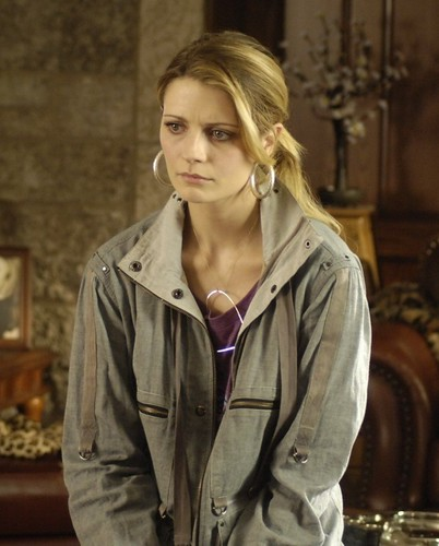 Mischa Barton - Apartment 1303 3D #6 by huntrsmoon