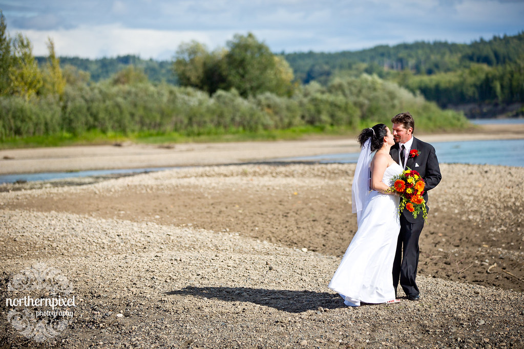 Cottonwood Park Wedding Photos Prince George British Columbia