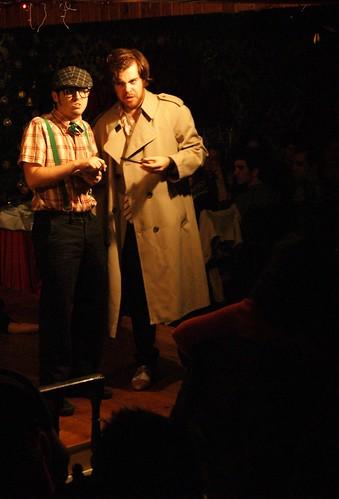Dos actores durante el espectáculo