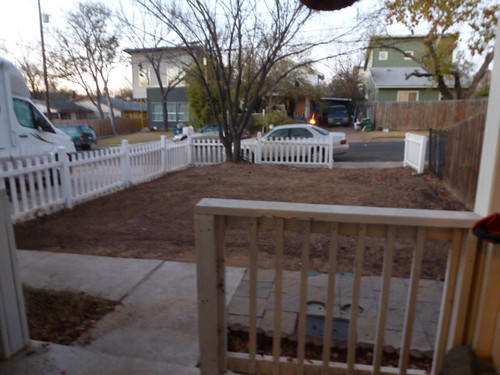 12-12-12 TX - Austin, Frontyard in progress 1