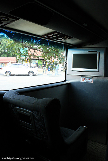 Bus from Singapore to Malaysia